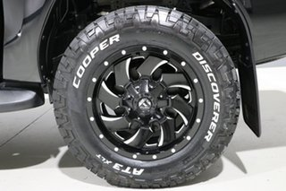 2017 Toyota Hilux GUN126R MY17 SR5 (4x4) Black 6 Speed Automatic Dual Cab Utility