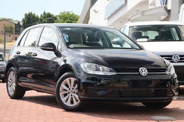 New Volkswagen Golf 7.5 MY19.5 110TSI DSG Trendline, 2019 Volkswagen Golf 7.5 MY19.5 110TSI DSG Trendline Deep Black Pearl Effect 7 Speed