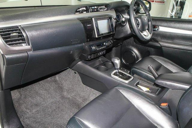 Used Toyota Hilux GUN126R MY17 SR5+ (4x4), 2017 Toyota Hilux GUN126R MY17 SR5+ (4x4) Crystal Pearl 6 Speed Automatic Dual Cab Utility