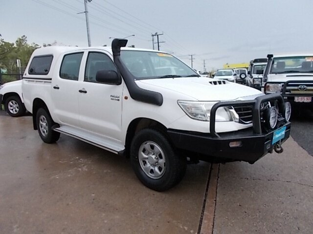 Used Toyota Hilux KUN26R MY12 SR Double Cab, 2012 Toyota Hilux KUN26R MY12 SR Double Cab White 5 Speed Manual Utility