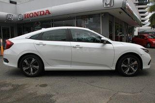 2019 Honda Civic 10th Gen MY19 VTi-LX Platinum White 1 Speed Constant Variable Sedan.