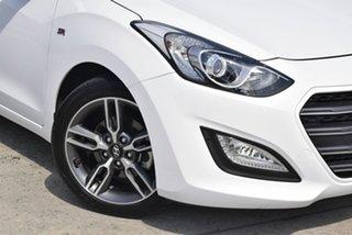 2016 Hyundai i30 GD5 Series II MY17 SR White 6 Speed Manual Hatchback.