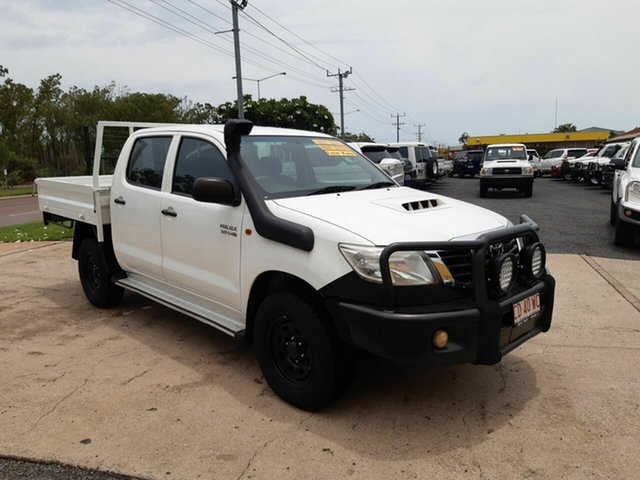 Used Toyota Hilux KUN26R MY12 SR Double Cab, 2013 Toyota Hilux KUN26R MY12 SR Double Cab White 5 Speed Manual Cab Chassis