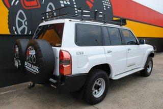 2012 Nissan Patrol Y61 GU 8 ST Glacier White 5 Speed Manual Wagon.