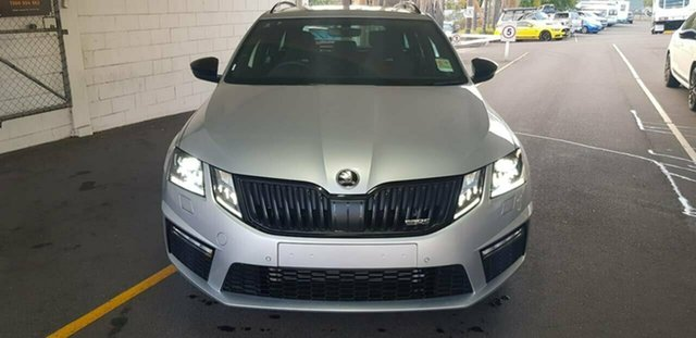 Demo Skoda Octavia NE MY19 RS DSG 245, 2019 Skoda Octavia NE MY19 RS DSG 245 Brilliant Silver 7 Speed Sports Automatic Dual Clutch Wagon