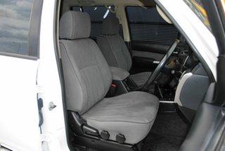 2012 Nissan Patrol Y61 GU 8 ST Glacier White 5 Speed Manual Wagon