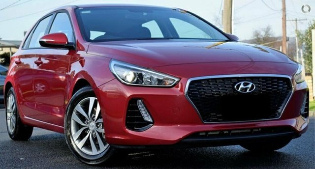 Used Hyundai i30 PD MY18 Active, 2018 Hyundai i30 PD MY18 Active Red 6 Speed Manual Hatchback