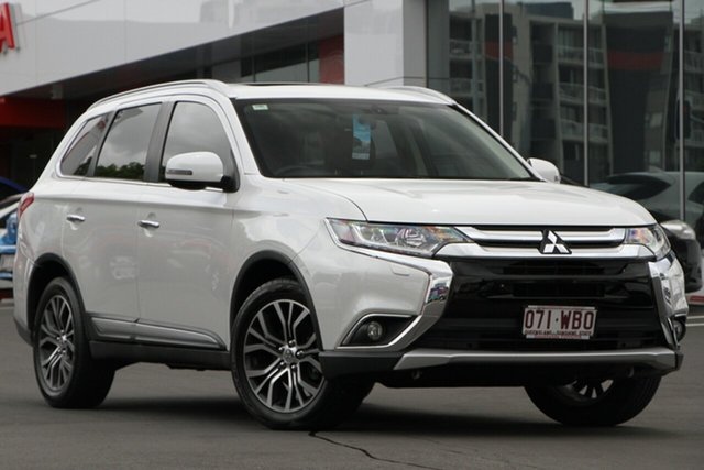 Used Mitsubishi Outlander ZK MY16 Exceed 4WD, 2015 Mitsubishi Outlander ZK MY16 Exceed 4WD White 6 Speed Constant Variable Wagon