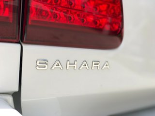 2005 Toyota Landcruiser UZJ100R Sahara (4x4) White 5 Speed Automatic Wagon