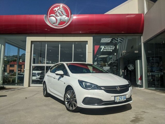 Demo Holden Astra BK MY19 RS-V, 2019 Holden Astra BK MY19 RS-V Summit White 6 Speed Sports Automatic Hatchback