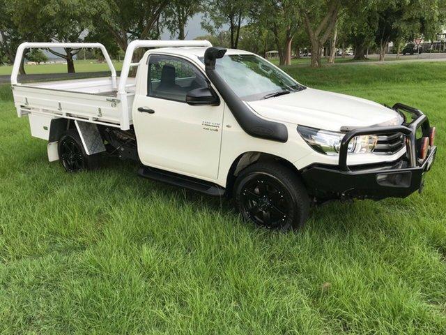 Used Toyota Hilux GUN126R SR, 2018 Toyota Hilux GUN126R SR Glacier White 6 Speed Manual Cab Chassis