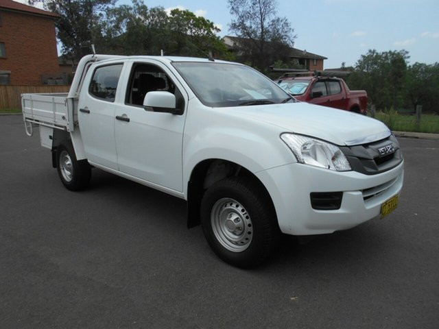 Used Isuzu D-MAX TF MY15 SX (4x4), 2015 Isuzu D-MAX TF MY15 SX (4x4) White 5 Speed Manual Crew Cab Chassis