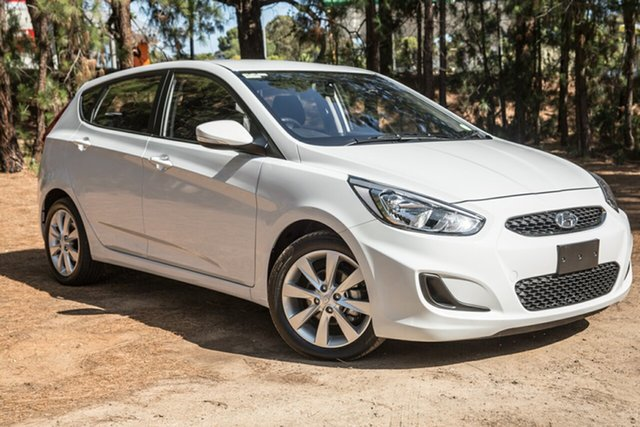 Used Hyundai Accent RB6 MY18 Sport, 2018 Hyundai Accent RB6 MY18 Sport White 6 Speed Sports Automatic Hatchback