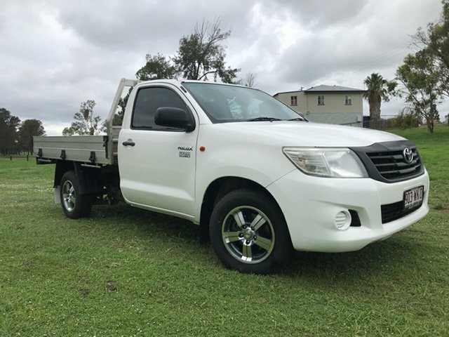 Used Toyota Hilux TGN16R MY14 Workmate, 2014 Toyota Hilux TGN16R MY14 Workmate Glacier White 5 Speed Manual Cab Chassis