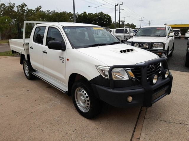 Used Toyota Hilux KUN26R MY14 SR Double Cab, 2014 Toyota Hilux KUN26R MY14 SR Double Cab White 5 Speed Manual Cab Chassis
