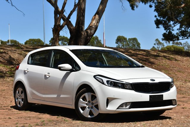 Used Kia Cerato YD MY17 SI, 2016 Kia Cerato YD MY17 SI White 6 Speed Sports Automatic Sedan