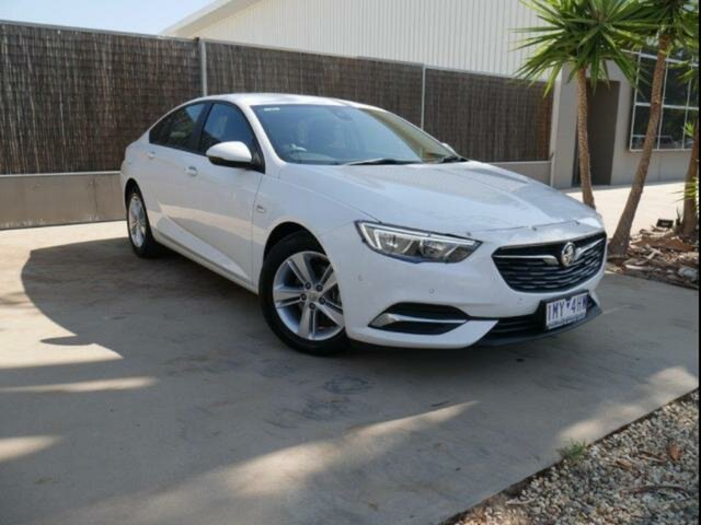 Used Holden Commodore ZB LT, 2018 Holden Commodore ZB LT White 9 Speed Automatic Liftback