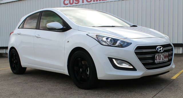 Used Hyundai i30 GD4 Series II MY17 SR, 2016 Hyundai i30 GD4 Series II MY17 SR Ceramic White 6 Speed Manual Hatchback