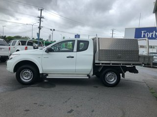 2015 Mitsubishi Triton MQ MY16 GLX (4x4) White 6 Speed Manual Club Cab Chassis