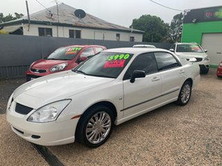 2005 Mitsubishi Magna White Automatic Sedan.