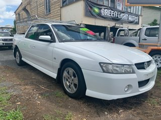 2005 Holden Crewman White 4 Speed Automatic Utility.