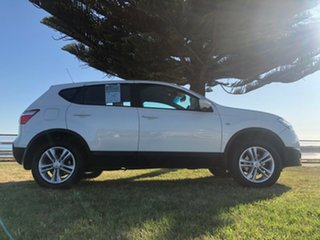 2013 Nissan Dualis J10W Series 4 MY13 ST Hatch X-tronic 2WD Snow Storm 6 Speed Constant Variable.