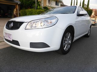 2010 Holden Epica EP MY10 CDX White 6 Speed Automatic Sedan.