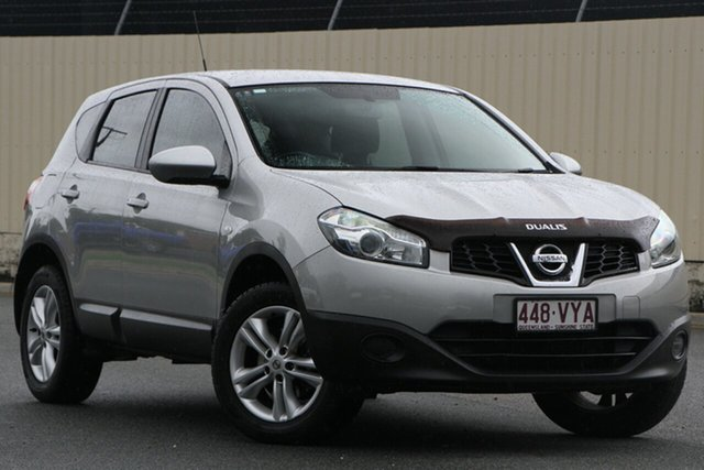 Used Nissan Dualis J10W Series 4 MY13 ST Hatch X-tronic 2WD, 2013 Nissan Dualis J10W Series 4 MY13 ST Hatch X-tronic 2WD Silver 6 Speed Constant Variable