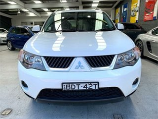 2008 Mitsubishi Outlander ZG VR White Sports Automatic Wagon.