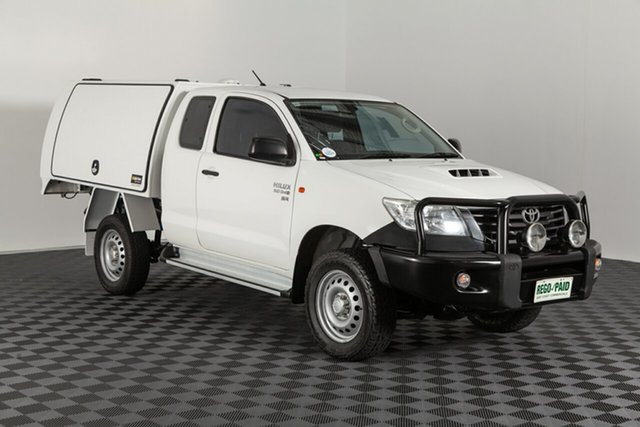 Used Toyota Hilux KUN26R MY14 SR Xtra Cab, 2015 Toyota Hilux KUN26R MY14 SR Xtra Cab Glacier 5 speed Manual Cab Chassis