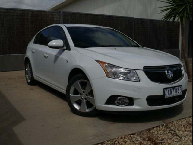 Used Holden Cruze JH MY13 CD Equipe, 2013 Holden Cruze JH MY13 CD Equipe White 6 Speed Automatic Hatchback