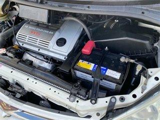 2005 Toyota Estima MCR30 White Automatic Wagon