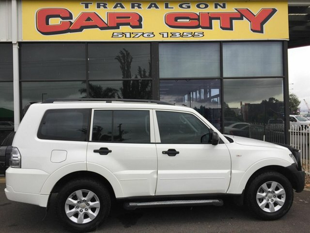 Used Mitsubishi Pajero NT MY11 GLX LWB (4x4), 2011 Mitsubishi Pajero NT MY11 GLX LWB (4x4) White 5 Speed Manual Wagon