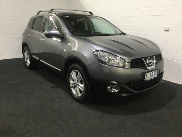 Used Nissan Dualis J10W Series 4 MY13 TS Hatch 2WD, 2013 Nissan Dualis J10W Series 4 MY13 TS Hatch 2WD Silver 6 Speed Manual Hatchback