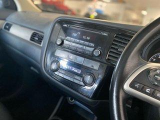 2013 Mitsubishi Outlander ZJ MY13 ES 4WD Silver 6 Speed Constant Variable Wagon