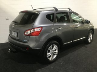 2013 Nissan Dualis J10W Series 4 MY13 TS Hatch 2WD Silver 6 Speed Manual Hatchback.