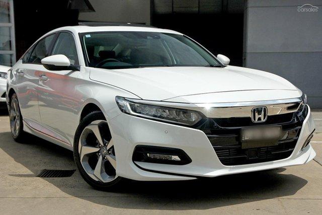 Demo Honda Accord 10th Gen MY19 VTi-LX, 2019 Honda Accord 10th Gen MY19 VTi-LX Platinum White 1 Speed Constant Variable Sedan