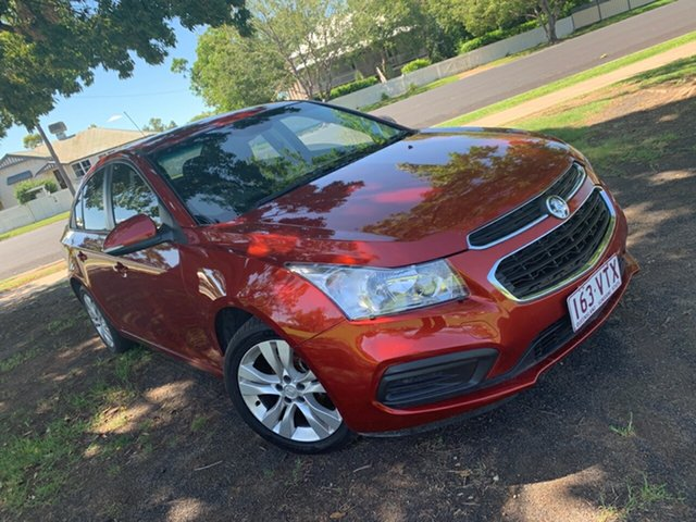 Used Holden Cruze JH Series II MY15 Equipe, 2015 Holden Cruze JH Series II MY15 Equipe Red 5 Speed Manual Sedan