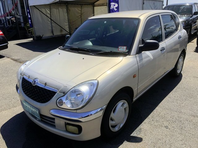 Used Daihatsu Sirion M100RS , 2002 Daihatsu Sirion M100RS Bianca White 5 Speed Manual Hatchback