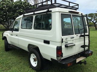 2015 Toyota Landcruiser VDJ78R MY12 Update Workmate (4x4) 11 Seat White 5 Speed Manual TroopCarrier