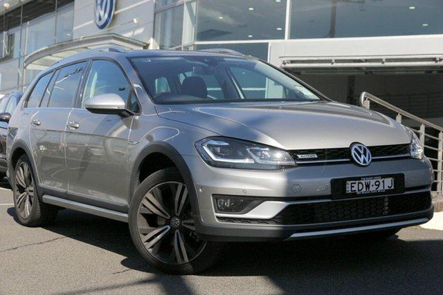 Demo Volkswagen Golf 7.5 MY19.5 Alltrack DSG 4MOTION 132TSI Premium, 2019 Volkswagen Golf 7.5 MY19.5 Alltrack DSG 4MOTION 132TSI Premium Tungsten Silver 6 Speed