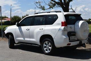 2010 Toyota Landcruiser Prado KDJ150R GXL White 5 Speed Automatic Wagon.