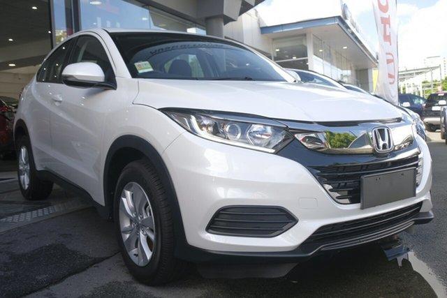 Demo Honda HR-V MY20 VTi, 2019 Honda HR-V MY20 VTi Platinum White 1 Speed Constant Variable Hatchback