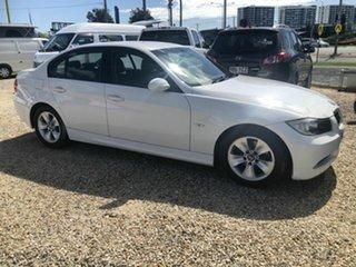 2007 BMW 320i Luxury White Automated Sedan