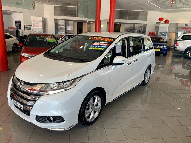 Used Honda Odyssey RC MY19 VTi, 2019 Honda Odyssey RC MY19 VTi White 7 Speed Constant Variable Wagon