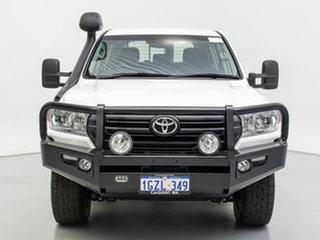 2016 Toyota Landcruiser VDJ200R MY16 GX (4x4) White 6 Speed Automatic Wagon.