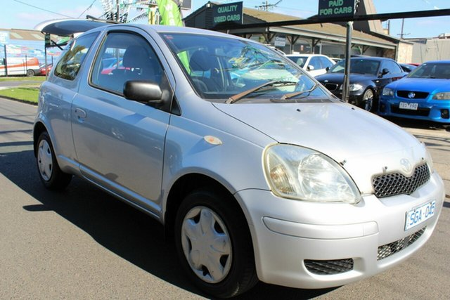 Used Toyota Echo NCP10R MY03 West Footscray, 2003 Toyota Echo NCP10R MY03 Silver 5 Speed Manual Hatchback