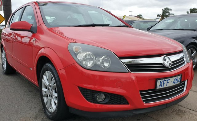 Used Holden Astra AH MY08 CDX, 2008 Holden Astra AH MY08 CDX Red 5 Speed Manual Hatchback