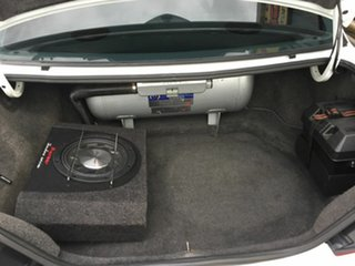 1996 Ford Fairlane NL Ghia White 4 Speed Automatic Sedan