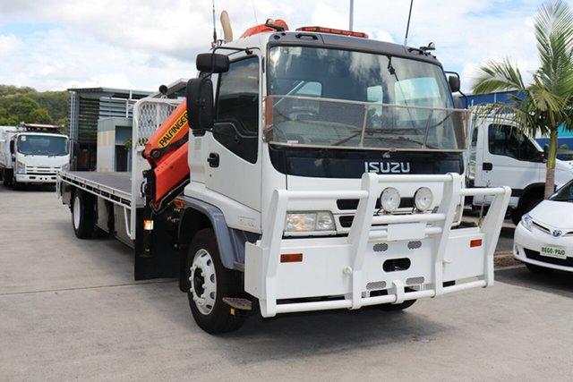 Used Isuzu FTR 900  LWB, 2006 Isuzu FTR 900 LWB White Manual Crane Truck